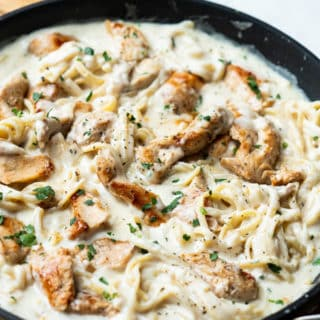 Best Chicken Fettuccine Alfredo Recipe and Easy Creamy Pasta Recipe | BestRecipeBox.com